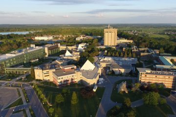 Trường Đại học Brock: học bổng đầu vào từ $2000 đến $8000 cho sinh viên có GPA cao
