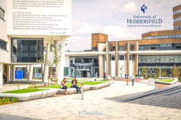 Đại học Huddersfield – Top 5 UK nhóm ngành Education