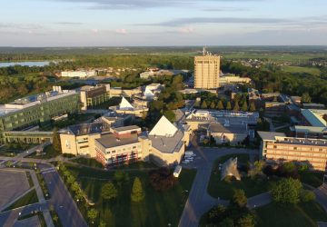 đại học brock